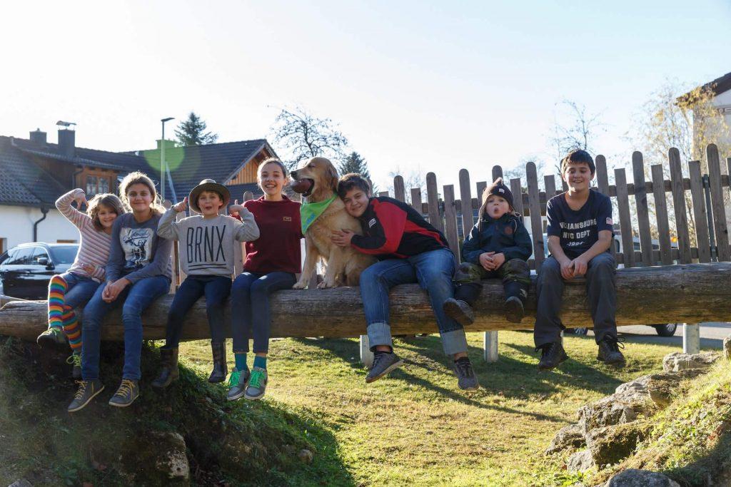 Timber mit vielen Kindern