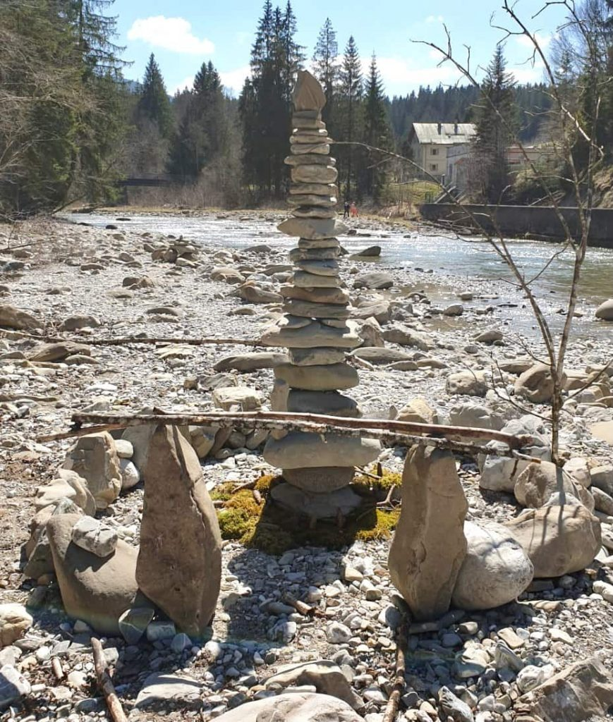 Steinmännchen an der Ammer