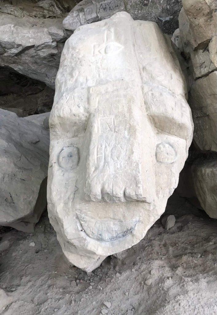 Steingesichter